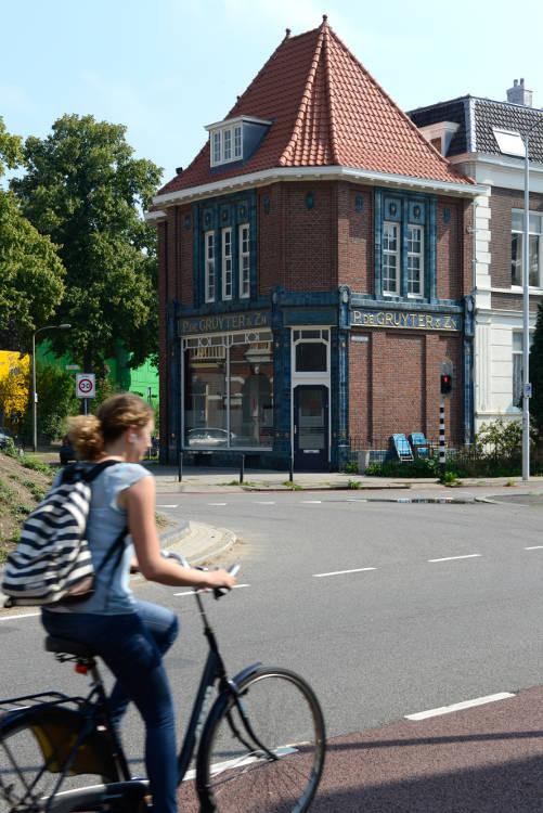 foto van het gebouw De Gruyter