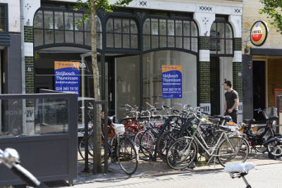 Foto leegstaand pand Van Welderenstraat 81